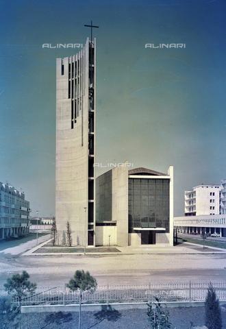 FVA-S-260000-0033 - Chiesa di San Lorenzo Giustiniani, Mestre, Venezia - Data dello scatto: 1961 - Archivi Alinari, Firenze