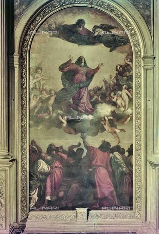 FVA-S-260000-0039 - Assunta, olio su tavola, Tiziano Vecellio (ca. 1488-1576), Chiesa di Santa Maria Gloriosa dei Frari, Venezia - Data dello scatto: 1955 ca. - Archivi Alinari, Firenze
