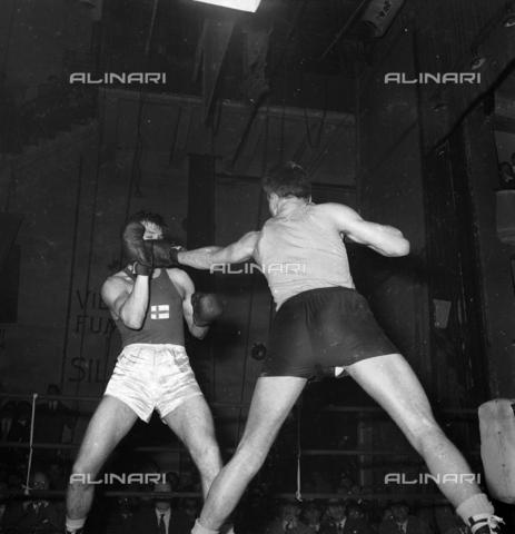 FVA-S-720002-0003 - Boxing match