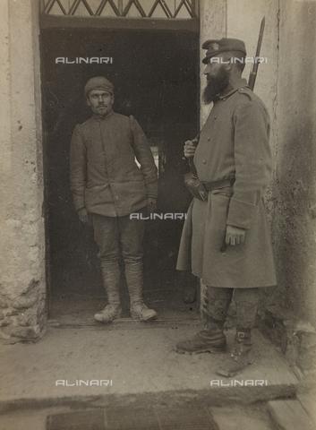 FVD-F-004858-0000 - Prima Guerra Mondiale: soldato italiano prigioniero - Data dello scatto: 1915-1918 - Archivi Alinari, Firenze