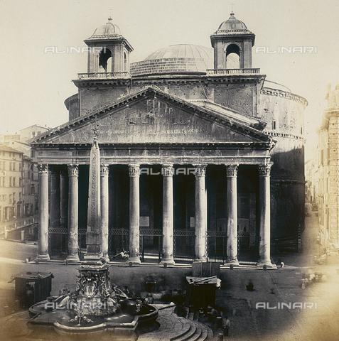 FVQ-F-026724-0000 - Il Pantheon a Roma - Data dello scatto: 1855 ca. - Raccolte Museali Fratelli Alinari (RMFA), Firenze