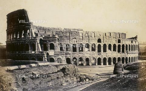 FVQ-F-026729-0000 - The Flavian Amphitheater or Colosseum in Rome - Data dello scatto: 1855 ca. - Archivi Alinari, Firenze