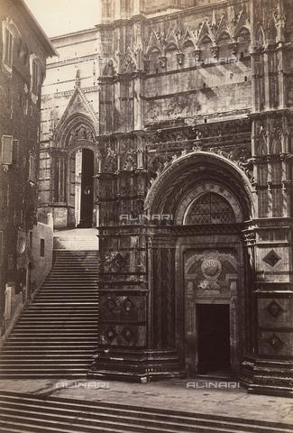 FVQ-F-029831-0000 - Detail of the facade of the Baptistery, Siena - Data dello scatto: 1855 - Archivi Alinari, Firenze