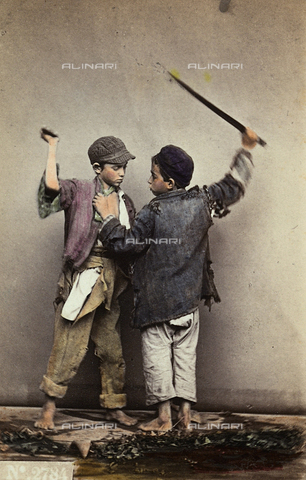 "FVQ-F-036111-0000 - Naples.  ""The brawl"".  Two children quarrel. - Data dello scatto: 1865 ca. - Archivi Alinari, Firenze"