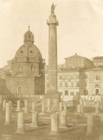 FVQ-F-040143-0000 - Foro e Colonna Traiana a Roma - Data dello scatto: 1851 - Archivi Alinari, Firenze