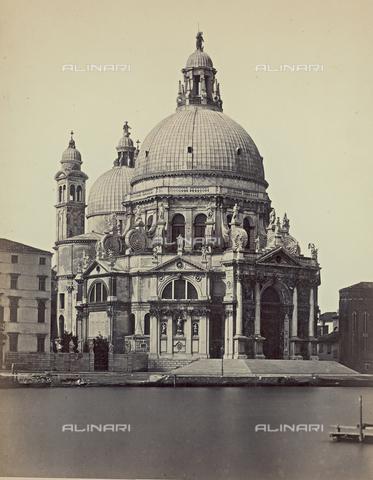 FVQ-F-040176-0000 - La Chiesa di Santa Maria della Salute, a Venezia - Data dello scatto: 1860-1870 - Raccolte Museali Fratelli Alinari (RMFA), Firenze
