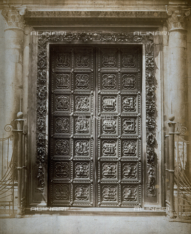 FVQ-F-042354-0000 - La porta a sud del Battistero di Firenze, opera di Andrea Pisano - Data dello scatto: 1855 - 1860 ca. - Raccolte Museali Fratelli Alinari (RMFA), Firenze