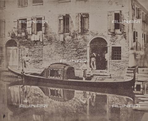 """FVQ-F-043599-0000 - """"Gondola in Venice"""" - Data dello scatto: 1855 ca. - Archivi Alinari, Firenze"""