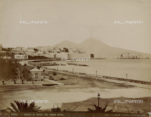 FVQ-F-044057-0000 - View of Naples from the Grand 'Hotel - Date of photography: 1890 ca. - Fratelli Alinari Museum Collections, Florence