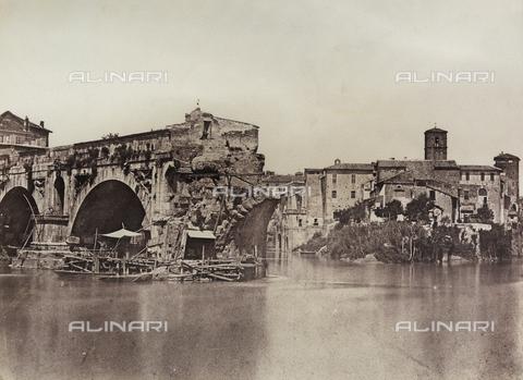 FVQ-F-045166-0000 - Il Tevere a Ponte Rotto, Roma - Data dello scatto: 1850 ca. - Archivi Alinari, Firenze