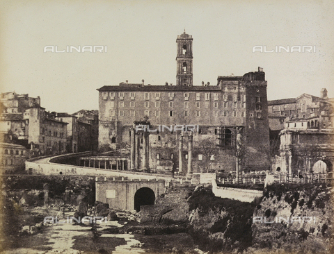 FVQ-F-045335-0000 - The Campidoglio photographed from the Roman Forum - Data dello scatto: 01/1869 - Archivi Alinari, Firenze