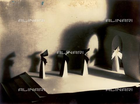 """FVQ-F-045714-0000 - """"Ora di preghiera"""" - Data dello scatto: 1934 - Archivi Alinari, Firenze"""