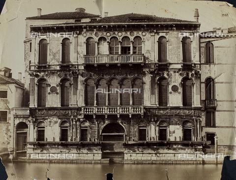 FVQ-F-047283-0000 - Façade of Palazzo Montecuccoli in Venice - Data dello scatto: 1865-1875 - Archivi Alinari, Firenze