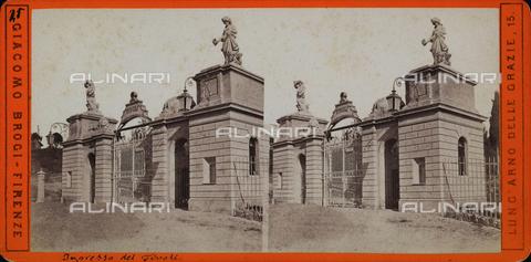 FVQ-F-048209-0000 - Ingresso del giardino Tivoli a Firenze. Fotografia stereoscopica - Data dello scatto: 1875 ca. - Archivi Alinari, Firenze