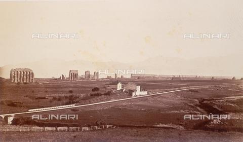 FVQ-F-054495-0000 - L'acquedotto di Claudio, Roma - Data dello scatto: 1855 ca. - Raccolte Museali Fratelli Alinari (RMFA), Firenze