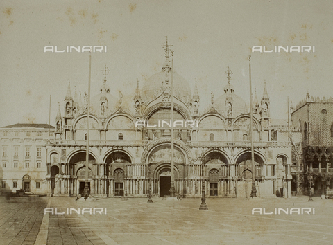 FVQ-F-060689-0000 - Façade of the Basilica of San Marco in Venice - Data dello scatto: 1865-1875 - Archivi Alinari, Firenze