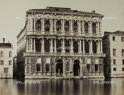 FVQ-F-062575-0000 - Veduta di Ca' Pesaro a Venezia - Data dello scatto: 1860-1870 - Raccolte Museali Fratelli Alinari (RMFA), Firenze