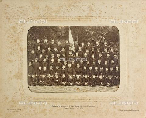 """FVQ-F-064494-0000 - """"Collegio Convitto alla Querce, con Esternato - Florence 1905-1906"""": group portrait of the collegiates - Date of photography: 1905-1906 - Fratelli Alinari Museum Collections, Florence"""