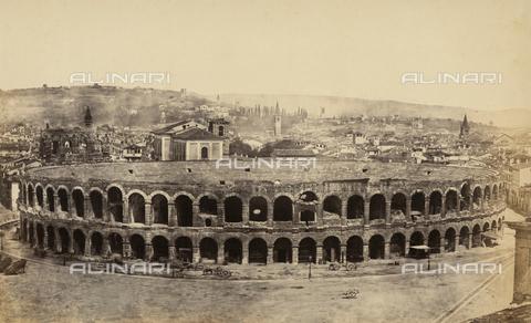 FVQ-F-065171-0000 - The Verona Arena with, in the background, a panorama of the city - Data dello scatto: 1855-1858 ca. - Archivi Alinari, Firenze