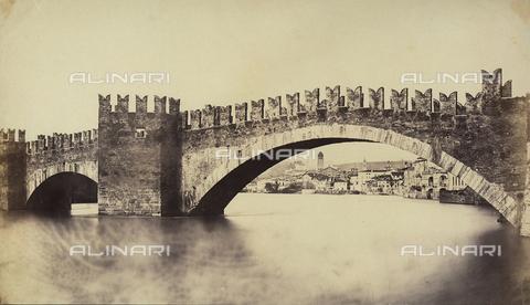 FVQ-F-065172-0000 - Scaligeri Bridge, Verona - Data dello scatto: 1855-1858 ca. - Archivi Alinari, Firenze