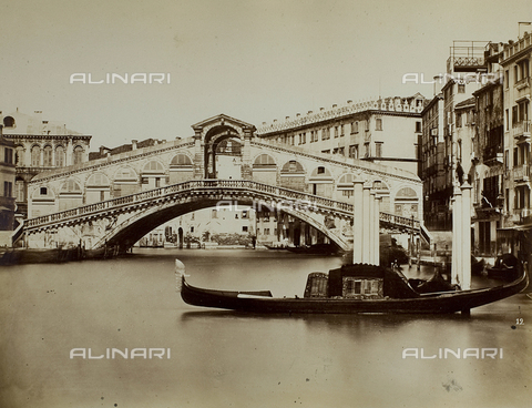 FVQ-F-067721-0000 - View of the Grand Canal with the Ponte di Rialto, Venice - Data dello scatto: 1865-1875 - Archivi Alinari, Firenze