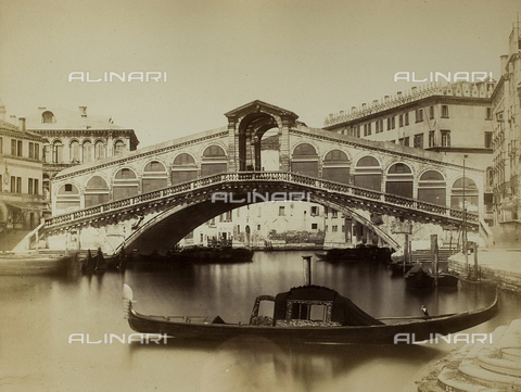 FVQ-F-068329-0000 - View of the Grand Canal with the Ponte di Rialto, Venice - Data dello scatto: 1865-1875 - Archivi Alinari, Firenze