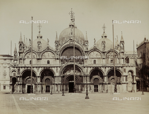 FVQ-F-069215-0000 - Façade of the Basilica of San Marco in Venice - Data dello scatto: 1865-1875 - Archivi Alinari, Firenze