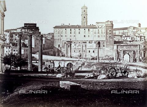 FVQ-F-076006-0000 - Veduta del Foro Romano a Roma - Data dello scatto: 1854 ca. - Raccolte Museali Fratelli Alinari (RMFA), Firenze