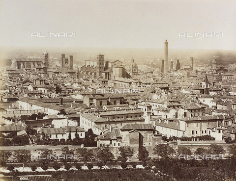 FVQ-F-077395-0000 - View of Bologna - Data dello scatto: 1870-1880 - Archivi Alinari, Firenze