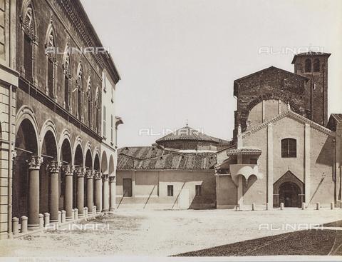 FVQ-F-077397-0000 - Piazza Santo Stefano, Bologna - Data dello scatto: 1870-1880 - Archivi Alinari, Firenze