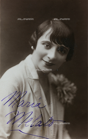 FVQ-F-082102-0000 - Portrait of the Italian actress Maria Melato (1885-1950); postcard - Date of photography: 1915-1925 - Fratelli Alinari Museum Collections, Florence