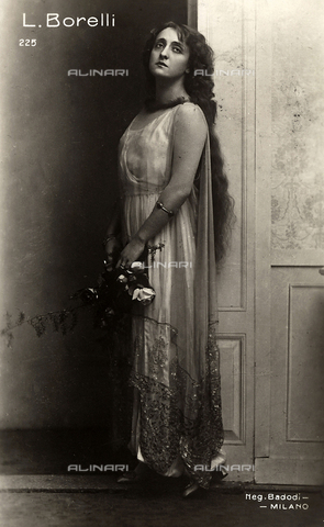FVQ-F-108333-0000 - Portrait of the actress Lyda Borelli - Date of photography: 1924 ca. - Fratelli Alinari Museum Collections, Florence