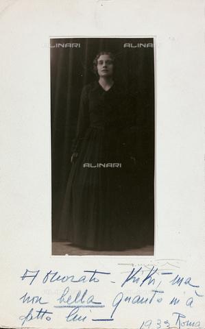 FVQ-F-116579-0000 - Ritratto dell'attrice italiana Kiki Palmer - Data dello scatto: 1930-1933 - Raccolte Museali Fratelli Alinari (RMFA), Firenze
