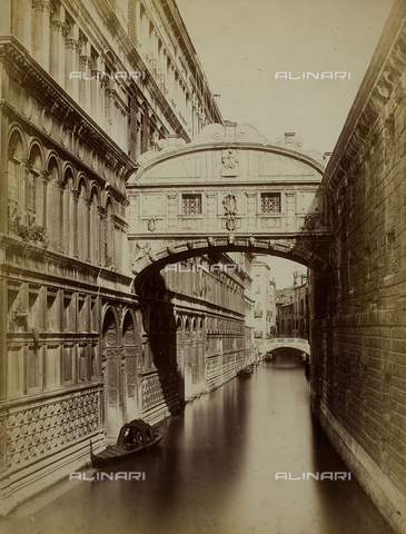 FVQ-F-118359-0000 - View of the Ponte dei Sospiri (Bridge of Sighs), Venice - Data dello scatto: 1865-1875 - Archivi Alinari, Firenze