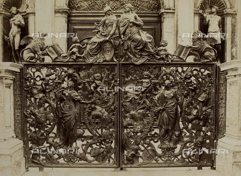 FVQ-F-118366-0000 - Gate of the loggetta at the base of the Bell tower of San Marco, Venice - Data dello scatto: 1865-1875 - Archivi Alinari, Firenze