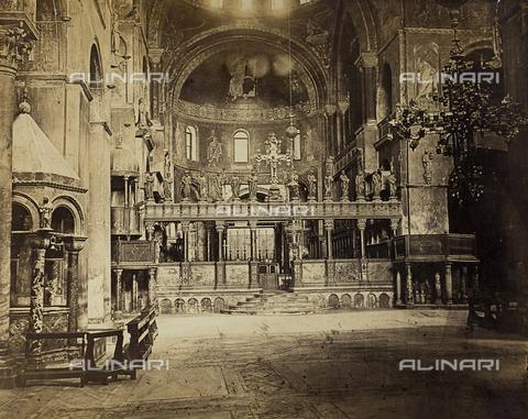 FVQ-F-118380-0000 - Interno della Basilica di San Marco a Venezia - Data dello scatto: 1860-1870 - Raccolte Museali Fratelli Alinari (RMFA), Firenze