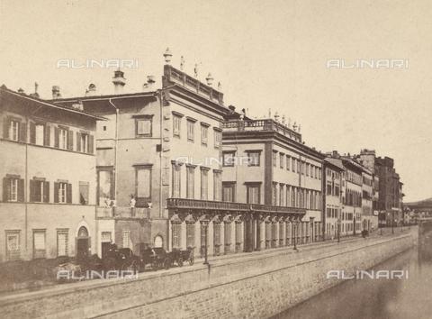 FVQ-F-127810-0000 - Veduta del Lungarno Corsini a Firenze - Data dello scatto: 1865 ca. - Raccolte Museali Fratelli Alinari (RMFA), Firenze