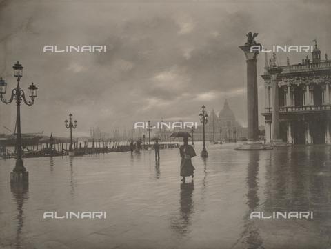 FVQ-F-131176-0000 - Venezia, piazza San Marco - Data dello scatto: 1900 ca. - Archivi Alinari, Firenze