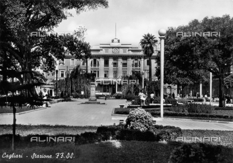 FVQ-F-135443-0000 - Cagliari train station and public gardens and the square opposite
