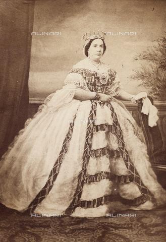 FVQ-F-143202-0000 - Maria Cristina di Borbone, regina di Spagna - Data dello scatto: 1860-1870 - Raccolte Museali Fratelli Alinari (RMFA), Firenze