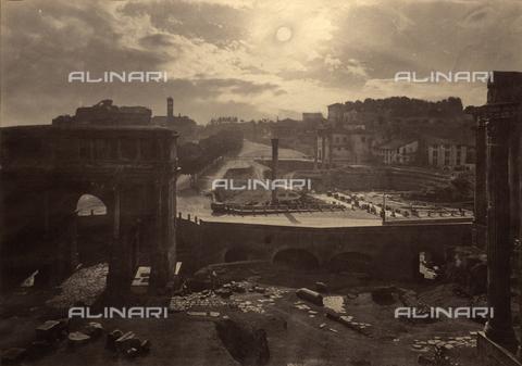 FVQ-F-146105-0000 - Veduta notturna dei Fori Imperiali di Roma - Data dello scatto: 1865 ca. - Raccolte Museali Fratelli Alinari (RMFA), Firenze