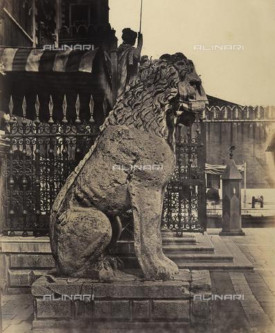 FVQ-F-147828-0000 - Lion, statue, Venice - Data dello scatto: 1860-1865 - Archivi Alinari, Firenze