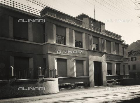 FVQ-F-149490-0000 - Elementary schools Giovanni Berta, Lecco - Data dello scatto: 1930-1940 - Archivi Alinari, Firenze