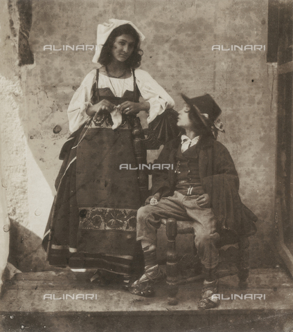 FVQ-F-149968-0000 - A child sit near a young lady. They both wear traditional dresses of the Latium region. - Data dello scatto: 1852 - 1854 - Archivi Alinari, Firenze