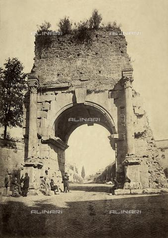 FVQ-F-150266-0000 - Arco di Druso, Roma - Data dello scatto: 1860 - 1865 ca. - Raccolte Museali Fratelli Alinari (RMFA), Firenze