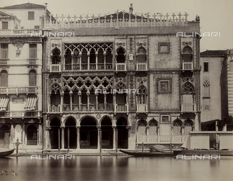 FVQ-F-150737-0000 - Façade of the Ca' d'Oro on the Grand Canal in Venice - Data dello scatto: 1865-1875 - Archivi Alinari, Firenze