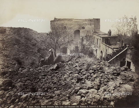 FVQ-F-158434-0000 - Decris after the passage of a flow of lava from Vesuvio's eruption of April 26, 1872, in Naples - Data dello scatto: 26-04-1872 - Archivi Alinari, Firenze
