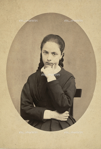FVQ-F-158441-0000 - Portrait of a girl - Date of photography: 1870 ca. - Fratelli Alinari Museum Collections, Florence