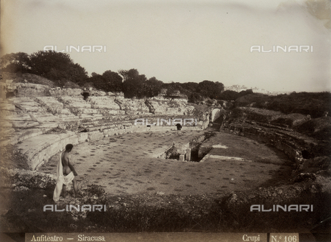FVQ-F-158527-0000 - Siracusa, veduta dell'anfiteatro - Data dello scatto: 1890 ca. - Archivi Alinari, Firenze