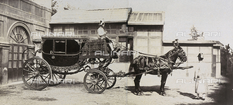 FVQ-F-158848-0000 - La carrozza del cardinale Hoenlohe - Data dello scatto: 1865 ca. - Raccolte Museali Fratelli Alinari (RMFA), Firenze